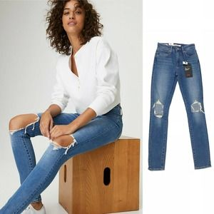 Levis 721 High Rise Ripped Skinny Denim Jeans 24